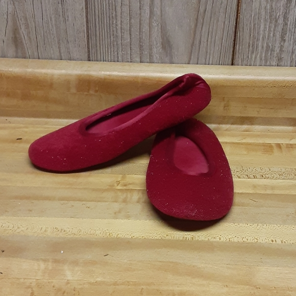 isotoner Shoes - ISOTONER Red Womens House Slippers
